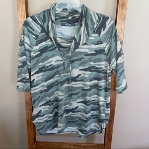 Macy's Coin 1804, Camouflage Top, Size Large